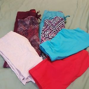 BUNDLE!! Girls 5 pieces with 7 pairs of socks